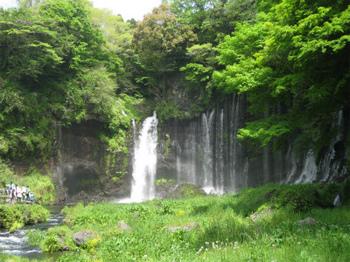 白糸の滝・全体.jpg